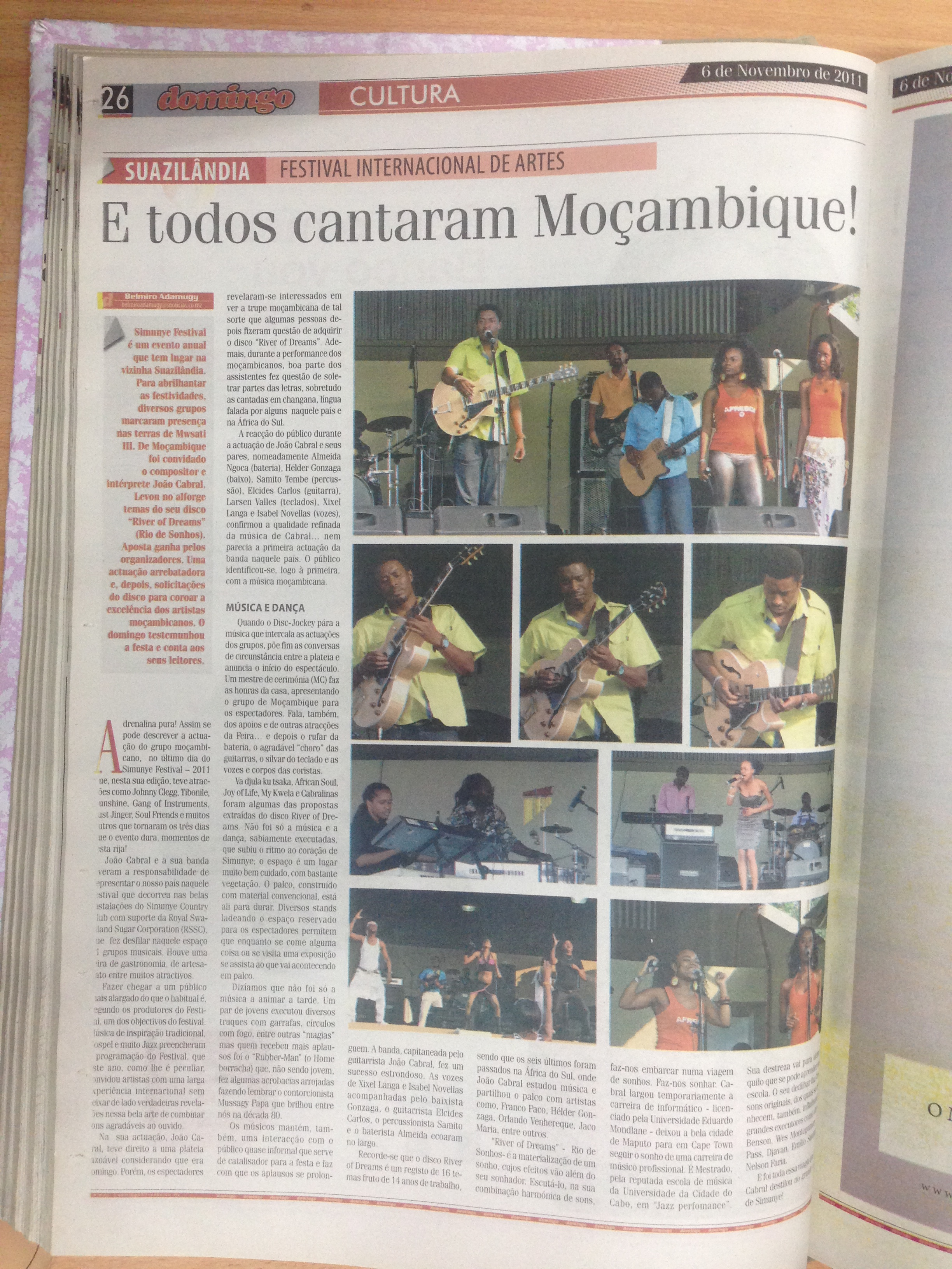 """Joao Cabral Armando's article from Newspaper """"Domingo"""" Page 26 (from November 6th 2011).jpg"""